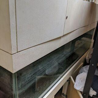 巨大ガラス水槽 ガラス部分(横1800✕奥900✕高400)