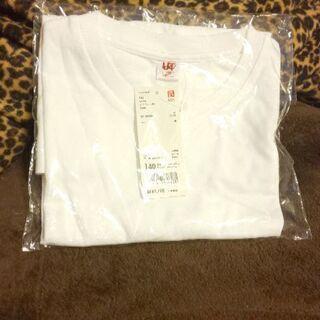 新品タグ付き✨UNIQLO 半袖 白 T シャツ 140㎝(定価...