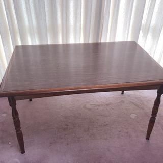 キツツキマーク 飛騨家具 ダイニングテーブル