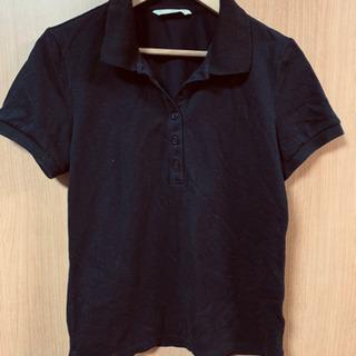 ユニクロ 黒ポロシャツ
