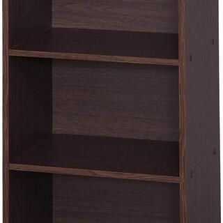 ブラウンオークの本棚です