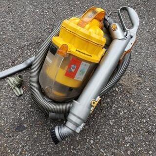 【値下げ】ダイソン コード式サイクロン掃除機
