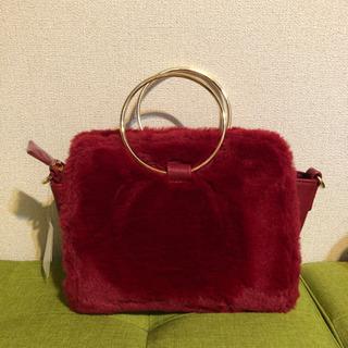 真っ赤なフワフワ2wayバッグ