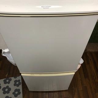 SHARPの2ドア冷蔵庫