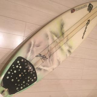 サーフボード、ショート☆