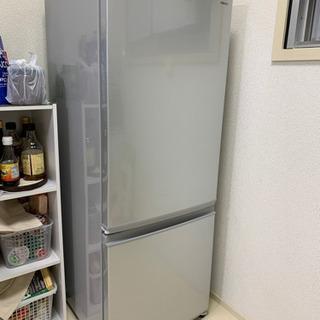 シャープ両側開き冷蔵庫1年使用 美品 早い時期に引取希望