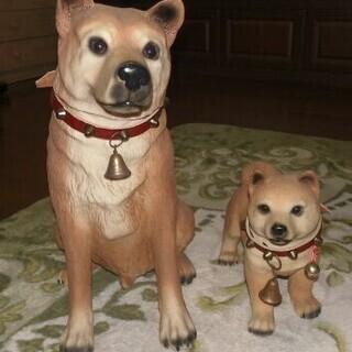 かわいい犬の置物2匹