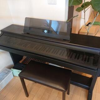 電子ピアノ(ヤマハ clavinova)