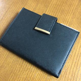 ZARA未使用 折り財布