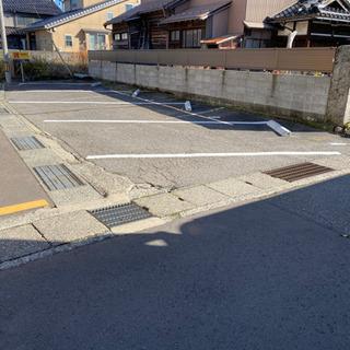 1000円/月で駐車場をシェア(菊川2丁目)