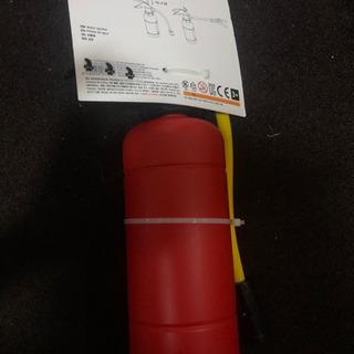 フライングタイガー 消火器型水鉄砲