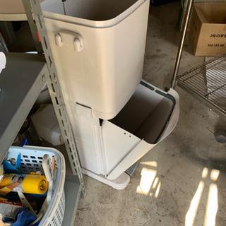 便利なゴミ箱です