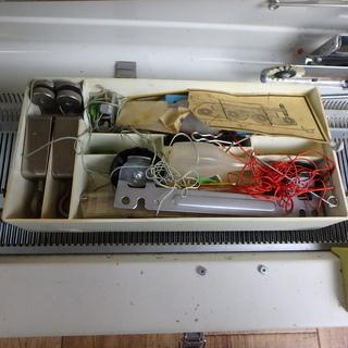 リッカーミシン 編機 RK-703型 ミシン パンチカード式 編み物 ニット 家電 中古品 宮城 - 家電