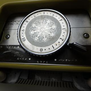 リッカーミシン 編機 RK-703型 ミシン パンチカード式 編み物 ニット 家電 中古品 宮城 - 売ります・あげます