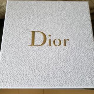 Christian Diorクリスマスボックス