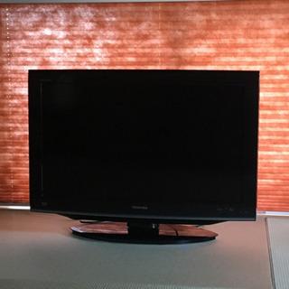 【値下げ‼️】32インチ液晶テレビ + 無垢テレビ台