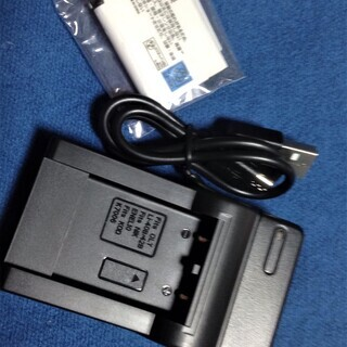 ROWA JAPAN N-DC83 交換バッテリー充電器セット