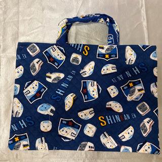 紺地のハンドメイドバッグ