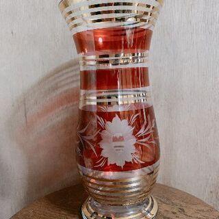 ガラス 花瓶 レトロ