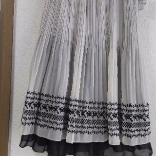 ギャローリアのスカート3