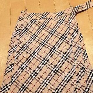 バーバリーブルーレーベル 膝丈スカート