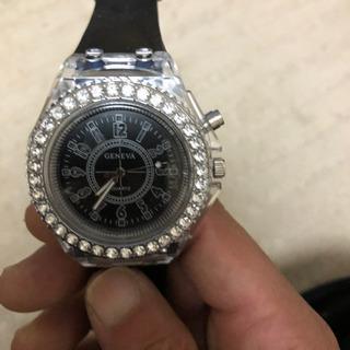 LED発色7色変化ブラックシリコン腕時計