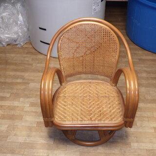 木回転椅子