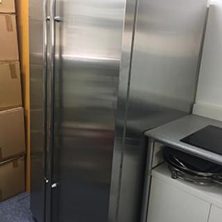 ユニック車をお持ちの方、米国GE社の大型冷凍冷蔵庫(560リットル)差し上げますの画像