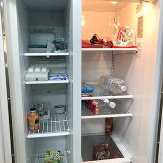 ユニック車をお持ちの方、米国GE社の大型冷凍冷蔵庫(560リットル)差し上げます - 家電