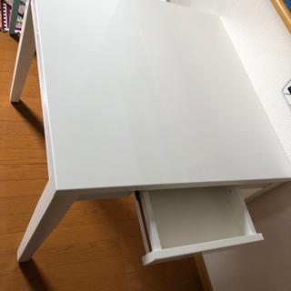 ニトリ 引き出し付きテーブル (受け渡し決まりました)