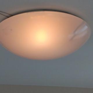 天井蛍光灯(中古品)を売ります。東芝製(製造年2002年)(動作...