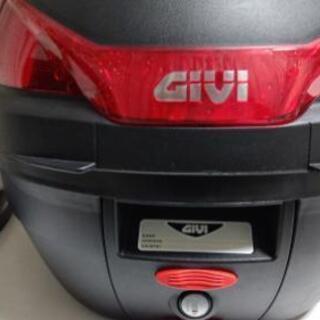 【値下げ】GIVI リアボックス  27リットル