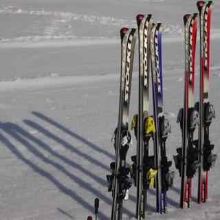 スキー用品譲って下さい 札幌.富良野.旭川付近