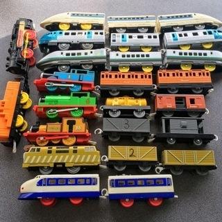 プラレール新幹線&トーマス等10種25両 動きません トミカ