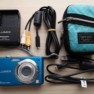 デジタルカメラ Panasonic Lumix DMC-FS7 ...