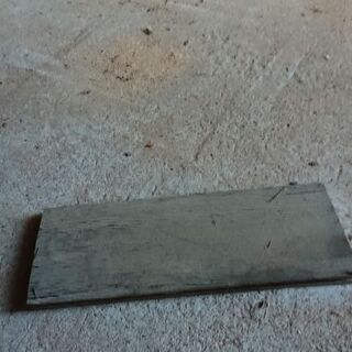 薪フローリング板