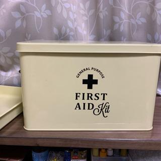 救急箱 ファーストエイドボックスL
