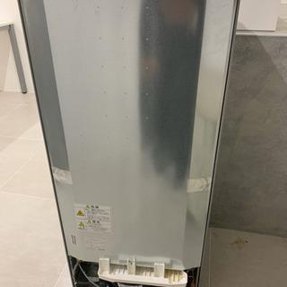 オフィス用で1年前に買った冷蔵庫です。あまりにも使ってないのでま...