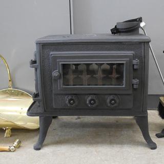 PayPay対応 薪ストーブ 鋳物 付属品多数 煙突付き 暖房器...