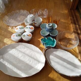 たち吉などの湯飲み、コップ、小皿、平皿他