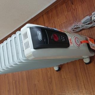 『購入価格21,450円』デロンギ オイルヒーター(H77101...