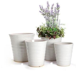 落着いたシックで綺麗な白い植木鉢1点で400円ポッキリ