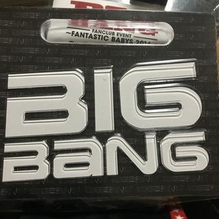 BIGBANGアルバムのTシャツ