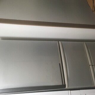 家庭用冷蔵庫を無料でさしあげますの画像
