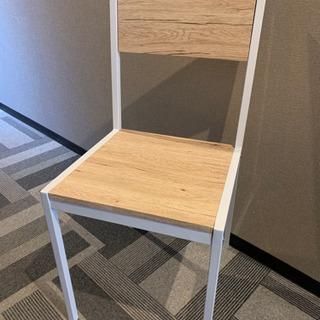 しっかりした椅子
