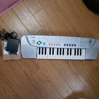 電子ピアノ 足ペタル付き