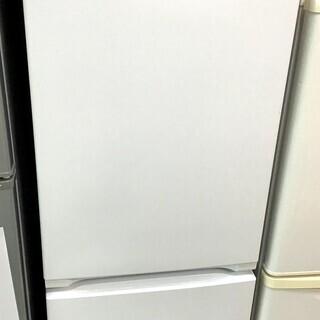 【送料無料・設置無料サービス有り】冷蔵庫 2017年製 YAMA...