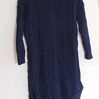 ざっくり編みロングタートルネックセーター