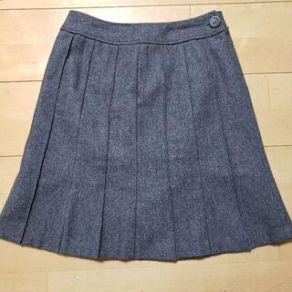 フレアスカート 膝丈スカート プリーツスカート