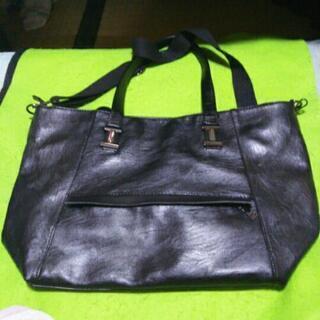 黒の大きめ2wayバッグ